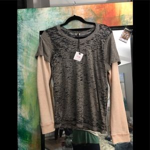 NWT MONROW pink/gray top..thermal sleeves (attach)